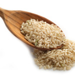 Brown-rice-on-a-spoon